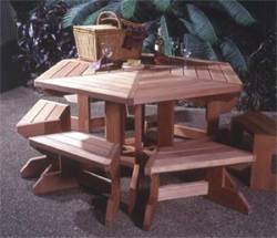 Picnic Table and Moveable Benches Woodworking Plan